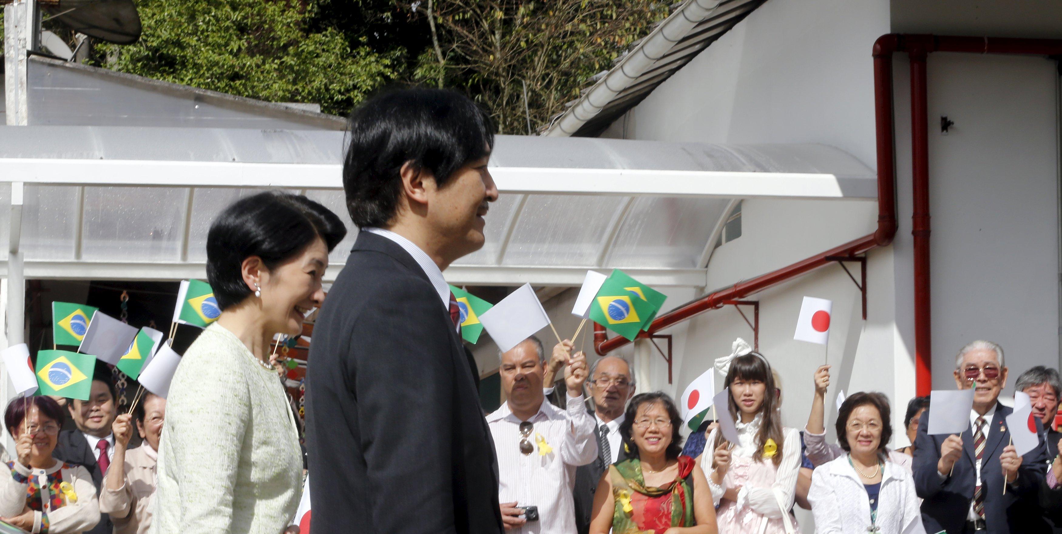 【皇室】皇太子さまがビオラ演奏 雅子さま愛子さまが拍手 [無断転載禁止]©2ch.net YouTube動画>6本 ->画像>380枚