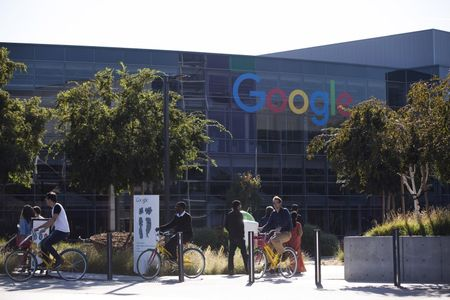 Google aims for China launch of Google Play app store next year: sources