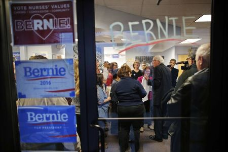 Sanders says to lay off hundreds of campaign workers: NY Times