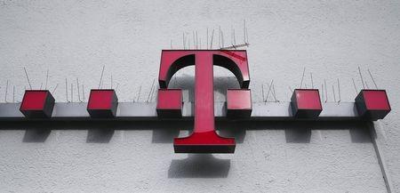 Deutsche Telekom sees results of U.S. wireless spectrum auction in second half