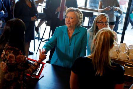 Democrat Clinton receives first security briefing