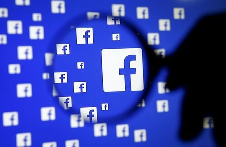 Facebook apologizes for overstating key ad metric