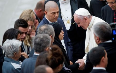 Pope offers comfort to friends and relatives of Nice attack victims
