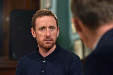 Team Sky boss Brailsford defends Wiggins