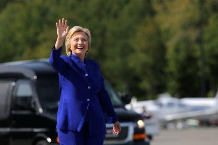 Mexicans prefer Clinton to Donald Trump, poll shows