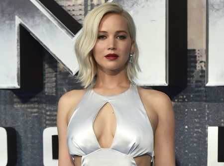 Illinois man pleads guilty in celebrity nude-photo hacking scandal