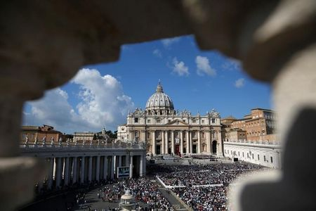 Don't scatter cremated ashes or keep them at home, Vatican says