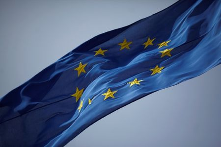 EU proposes simplifying VAT rules to boost online trade