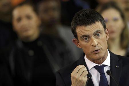 French PM Valls announces presidential bid