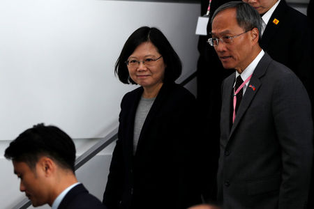On sensitive U.S. stopover, Taiwan leader connects to Twitter