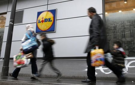 Germany's Lidl to price groceries up to 50 percent below U.S. rivals