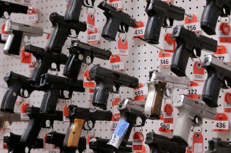 U.S. appeals court blocks D.C. law restricting gun rights