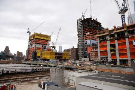 Manhattan high-end condo prices rise with strong demand: report