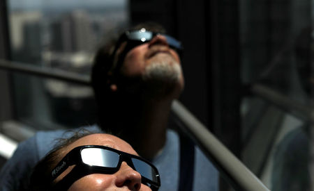 After solar eclipse, Americans' eyes seem mostly none the worse