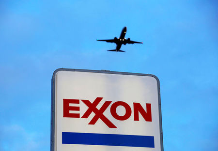 Exxon tries to sell Wall Street on growth plan, but shares drop