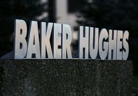 Baker Hughes, GE sign contract with Iraq to process natural gas at two fields