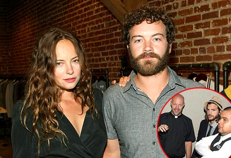 Ashton Kutcher&#39;s Pal Danny Masterson Marries Bijou Phillips