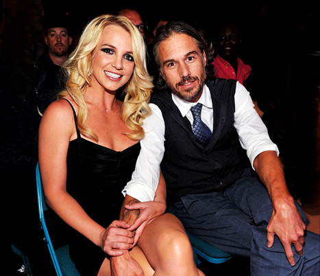 Britney Spears' Engagement Ring: All the Details!