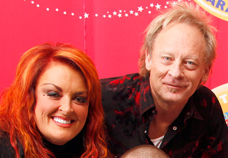 Wynonna Judd&#39;s Husband Cactus Moser Loses Leg After Motorcycle Crash