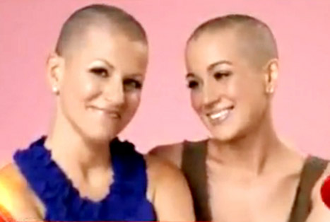 Kellie Pickler Shaves Her Head to Support Cancer-Fighting Friend Summer Holt Miller