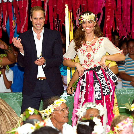 Kate Middleton, Prince William Dance, Wear Grass Skirts With Tribes in Tuvalu