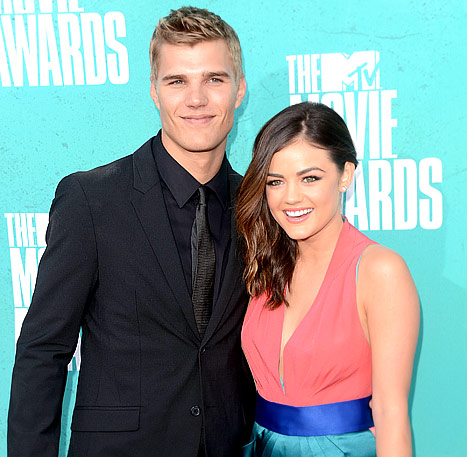 Chris Zylka Apologizes for Slamming Ex Lucy Hale on Twitter