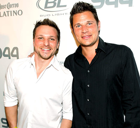 Nick Lachey Makes First Appearance Since Son Camden&#39;s Birth to Support Brother Drew at Dancing With the Stars