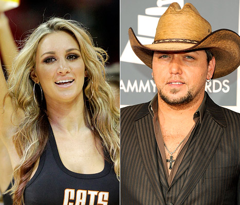 "Brittany Kerr Apologizes for Jason Aldean Kiss: It Was a ""Lapse in Judgment"""