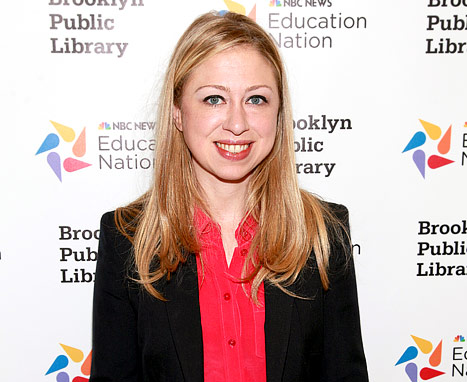 Chelsea Clinton Helps Hurricane Victims in Rockaway Beach, NY