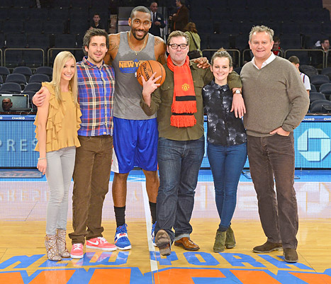 Downton Abbey Cast Visits New York City, Hangs With Knicks Player Amar&#39;e Stoudemire