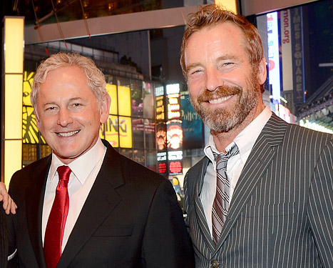 Victor Garber Reveals He&#39;s Gay and Dating Artist Rainer Andreesen