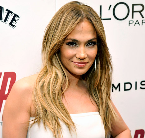 Jennifer Lopez&#39;s Gorgeous Makeup at the Parker Premiere: All the Details
