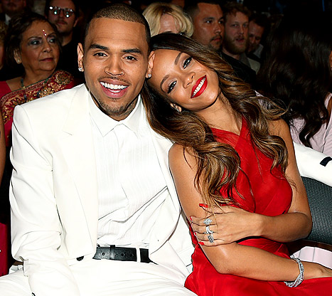 Rihanna, Chris Brown &quot;Very Affectionate&quot; at Grammys 2013 Afterparty