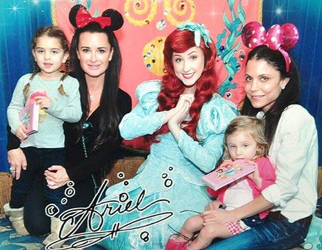 Bethenny Frankel, Kyle Richards Have Fun Mother-Daughter Day at Disneyland: Picture