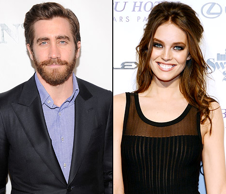 Jake Gyllenhaal Dating Sports Illustrated Model Emily DiDonato