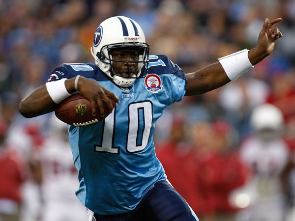 Sunday Scene, Week 12: Vince Young re-arrives