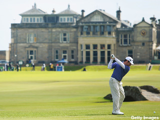 Louis Oosthuizen ties 36-hole record at British, leads Open