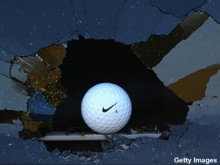 Golfer sues friend after failed 'Fore' costs him his sight