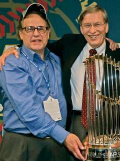 Selig and Reinsdorf gather to help scouts they've wronged