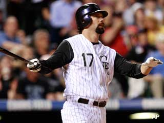 We're Going Streaking!: Hey look, it's the old Todd Helton!