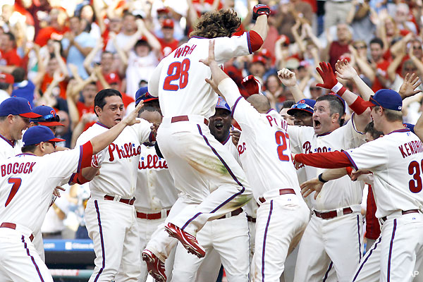 Werth's walkoff makes it seven, lucky seven in Philadelphia