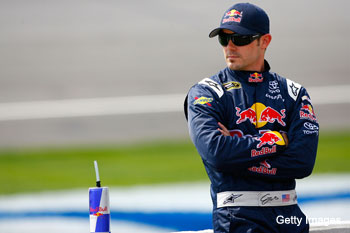 Help wanted @ Red Bull: Mears out of the 83