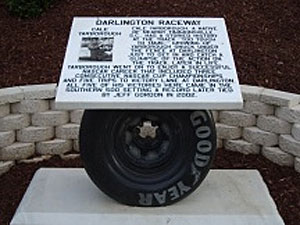 Darlington memorial walk adds plaques for Earnhardt, Petty