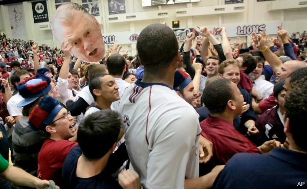 Loyola Marymount parties like its 1990 after stunning Gonzaga