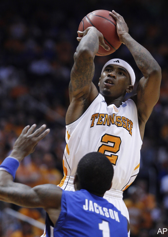 The good Tennessee shows up and pounds in-state rival Memphis