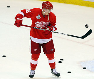 With Hudler intent on KHL, Red Wings ready to move on