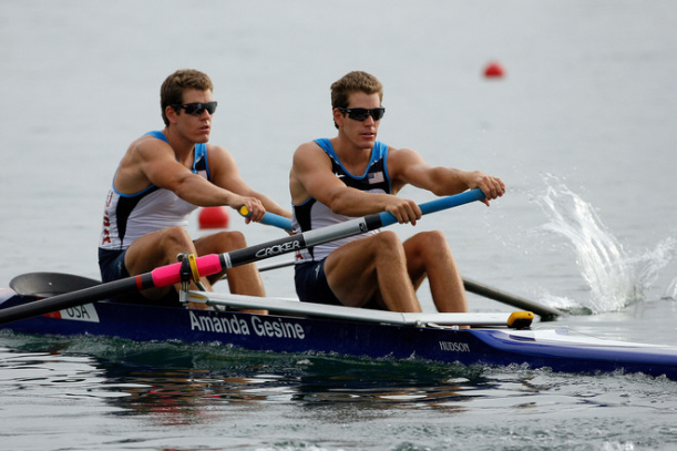 Winklevoss brothers finish 6th in pairs men rowing, still have lots of money