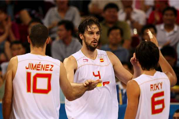Did the Spanish basketball team get its jerseys from the YMCA?
