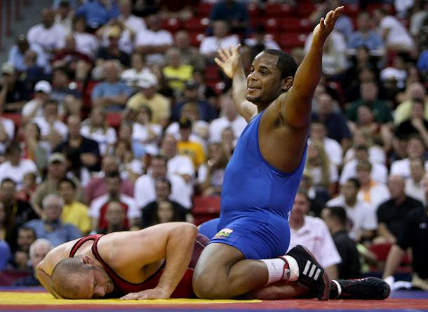 American wrestler Daniel Cormier will not compete due to kidney failure