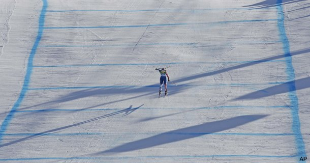 The mystery of the blue lines on the ski slope